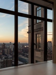 A place to share beautiful images of interior design, residential architecture and occasional other. Appartement New York, Home Modern, Window View, City Aesthetic, Dream Apartment, Concrete Jungle, Interior Exterior, Dream Rooms, Architecture