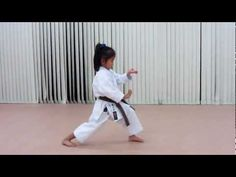 Shotokan - Enpi and Kankudai by 6-year-old Japanese Girl. Truly an example of why you should get your daughters involved in martial arts at a young age!