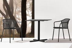Sledge | Nos produits | Table | Table Darwin