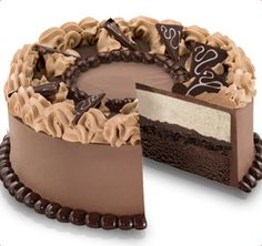 Baskin-Robbins | Chocolate Indulgence Cake; This NEEDS to find me on my birthday...or any day.
