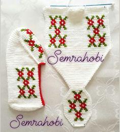 New Granny Slippers Crochet pattern by Luba Davies Crochet Shoes, Crochet Slippers, Cute Crochet, Crochet Crafts, Crochet Motifs, Tunisian Crochet, Crochet Stitches, Knitting Socks, Baby Knitting