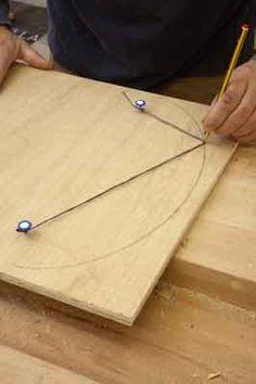Comment faire pour TRACER un OVALE... avec une ficelle, des punaises et un crayon