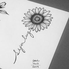 White background Tattoo for man and woman - Tattoo drawings - Mommy Tattoos, Future Tattoos, New Tattoos, Tattoos For Guys, Tattoos For Women, Sunflower Tattoo Shoulder, Sunflower Tattoos, Sunflower Tattoo Design, Mini Tattoos