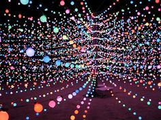 Seen at Burning Man in 2007, the Big Round Cubatron is the world's largest three-dimensional, full-color 'dynamic' light sculpture. It measures 40 feet in diameter and 10 feet high, consisting of ten spokes covered in 6,720 lights made of over 20,000 LEDs.