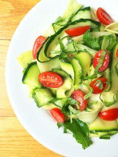 Zucchini Cucumber Ribbon Salad with Lemon Basil Vinaigrette - The Lemon Bowl #zucchini #cucumber #vegan #healthy #salad