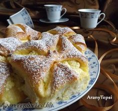 Kipróbált Túrós béles recept egyenesen a Receptneked. Polish Recipes, My Recipes, Baking Recipes, Cake Recipes, Dessert Recipes, Favorite Recipes, Hungarian Desserts, Hungarian Cake, Hungarian Recipes