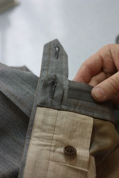 Sewing men's trousers can be as hard as you decide to make it. At first glance there is not much to it – the most obvious differences are the fly and the back waistband seam. Nothing of particular interest, until you decide to do some research. And then – my, oh my, the things you'll …