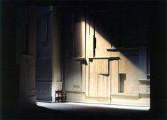"Roni Toren Stage Design רוני תורן    OPERA:  : "" Anna Bolena"" / Donizetti L'Opera De Monte Carlo , Monaco 1994 / Teatro Communale , Bologna , Italy 1996 Conductor : Evelyno Pido Director : Sir Dr. Jonathan Miller Set : Roni Toren Costumes : Clare Mitchell Lighting : Robert Bryan"