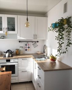 Apartment Kitchen, Home Decor Kitchen, New Kitchen, Home Kitchens, Home Interior, Kitchen Interior, Interior Design Living Room, Small Apartment Design, Minimal Kitchen