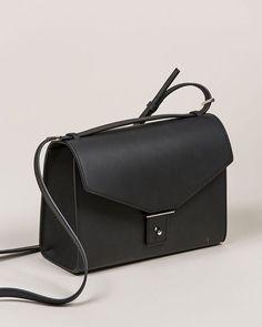The AB31 Shoulder Bag by @pb0110 . #kickpleat #kickpleatdotcom #pb0110