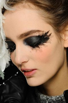 Chanel Spring 2013 Couture Makeup