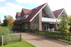 Jetzt auch bei Airbnb vertreten  Vermietungsservice Agentur am Meer    https://www.airbnb.de/rooms/19465040    #hooksiel #wangerland #agenturammeer