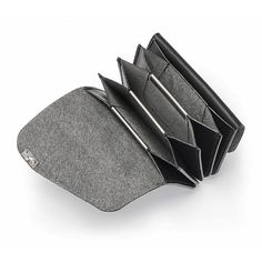 Für Kreditkarten und Kleingeld. Eine in aufwendiger Falttechnik gearbeitete Ziehharmonikabörse aus... - Manufactum Ziehharmonikabörse klein