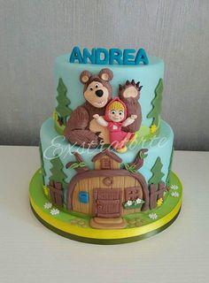 Masha Cake, Dora Cake, Baby Birthday Cakes, Bear Birthday, Teddy Bears Picnic Food, Masha Et Mishka, Cupcakes Decorados, Little Pony Cake, Masha And The Bear