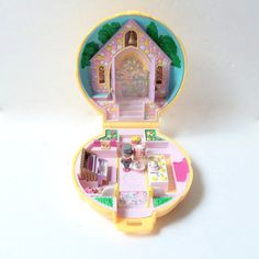 Polly Pocket Wedding Church Chapel Shell by BanTimewornTreasures, $25.00 - I had this one. ;_;