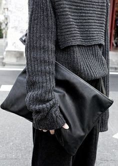 pochette tricot luxuriance york amazone partir accoutrement pull ample pull gris style sombre