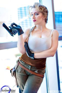 Cosplayer: AmberSkies Cosplay. Country: United States. Cosplay: Helga Sinclair from Atlantis: The Lost Empire. https://m.facebook.com/amberskiescosplay/