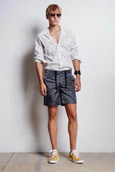 Tomas Maier Spring/Summer 2016 Menswear Collection