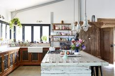 The Simple Key to Keeping a Maximalist House Tidy
