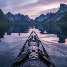 This adventure kayaker's unbelievable photos take zen to a whole new level