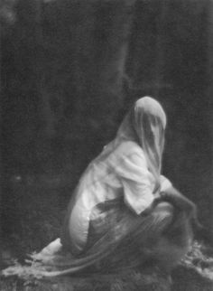 Veiled Woman, 1910. Photographed by Imogen Cunningham.