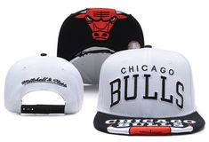 acd59532ccc NBA CHICAGO BULLS Mitchell And Ness SNAPBACK White 895! Only  8.90USD