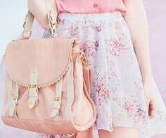 Pastel fashion with the white floral skirt and the pastel pink and white satchel purse. Cute Asian Fashion, Japanese Fashion, Look Fashion, Teen Fashion, Spring Fashion, Womens Fashion, Pastel Fashion, Kawaii Fashion, Floral Fashion