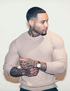 """adls-xxx: """" """" adls-xxx: """" """"Chad Leony and Jeff Loagz look so much alike. are they related in any way shape or form? """" They use to be friends 👀 """" Hmm interesting… very interesting… and im reading sooooo much between. Hot Black Guys, Fine Black Men, Gorgeous Black Men, Handsome Black Men, Beautiful Men Faces, Fine Men, Dark Man, Buff Guys, Eye Candy Men"""