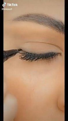 Makeup For Hooded Eyelids, No Eyeliner Makeup, Hair Makeup, Hooded Eyes, Eyeliner Hacks, Eyeliner Wing, Makeup Eyes, Eyeliner For Almond Eyes, Eyeliner Ideas