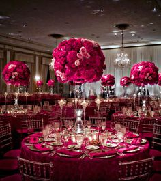 Gorgeous centerpieces for a pink-themed wedding decor Wedding Receptions, Reception Decorations, Event Decor, Flower Decorations, Table Decorations, Reception Ideas, Wedding Tables, Mod Wedding, Chic Wedding