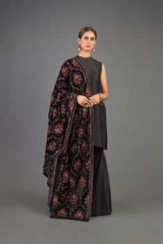 Dress With Shawl, Dress Up, Winter Dresses, Casual Dresses, Semi Formal Wear, Cashmere Shawl, Pakistani Dresses, Fast Fashion, Winter Collection