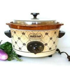Crock Pot Slow Cooker, Crockpot, Rival Crock Pot, Brown Paint, Vintage Kitchenware, Small Appliances, Stoneware, Cookers, Cleaning