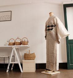 ナチュラルで昔ながらの着物や浴衣の良さを実感できるとともに、ちょっと珍しいデジタル染色の商品も扱っているさく研究所。 素敵なデザインを研究し続けるさく研究所ならではのいいものが揃っています。