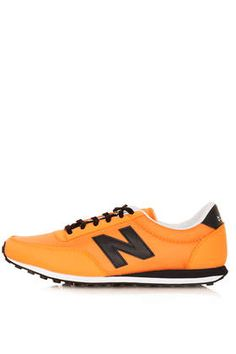 New Balance 410 Trainers
