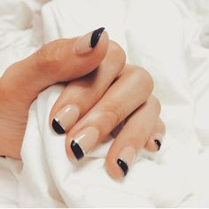 <p>Recently, I had one of the biggest shocks of 2015. It was a friend's revelation that her well manicured nails had cost $60. In all fairness, they looked really good. It was a french manicure, only that instead of the white ends, my friend opted for black instead. Let's call it an …</p>