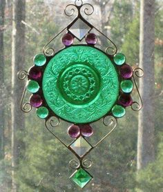 Well, green and purple anyway. But that is a very nice green. Not to mention, this one has some glass markings as well. Stained Glass Suncatchers, Stained Glass Designs, Stained Glass Panels, Stained Glass Projects, Stained Glass Patterns, Leaded Glass, Stained Glass Art, Tiffany Glass, Mosaic Art