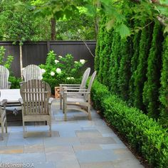 Lovely Small Courtyard Garden with Seating Area Design - Page 94 of 121 Courtyard Landscaping, Small Courtyard Gardens, Small Courtyards, Outdoor Gardens, Backyard Seating, Backyard Patio Designs, Garden Design Plans, Small Garden Design, Backyard Makeover