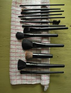 How to clean your brushes!    Where to buy Real Techniques brushes makeup -$10 http://youtu.be/Ekd8siFfdNA   #realtechniques #realtechniquesbrushes #makeup #makeupbrushes #makeupartist #makeupeye #eyemakeup #makeupeyes