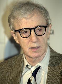 Woody Allen compie 8