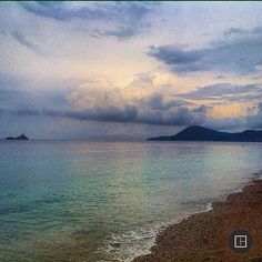 To infinity and beyond #photooftheday#capture#moment#exklusive_shot#webstagram#wanderlust#scenery#landscapes#lovethis#nature#weather#earth#clearday#getoutside#ocean#wonderful_places#عدستي#summer#beautifuldestinations#beauty#seashore#tropical#Australia#islands#bestoftheday#تصويري#splash#surfing#صباح_الخير#sunshine