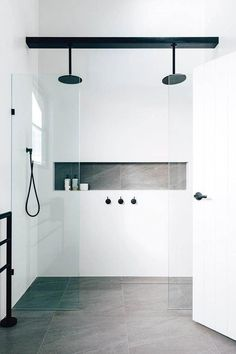 Bathroom shower tile ideas are a lot in choices. Grab some inspirations here and check out these shower tile ideas to revamp your old bathroom shower! Bad Inspiration, Bathroom Inspiration, Bathroom Trends, Bathroom Renovations, Bathroom Makeovers, Modern Bathroom Design, Bathroom Interior Design, Bath Design, Interior Ideas