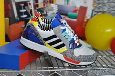 Adidas Zx, Adidas Sneakers, Memphis, Cool Trainers, Solange Knowles, Gisele Bundchen, Fashion Shoes, Street Wear, Packing