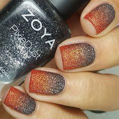Texture gradient Halloween edition @zoyanailpolish Dahlia + Dhara