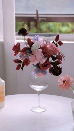 Fall Wedding Decorations, Diy Wedding Flowers, Diy Flowers, Flower Vases, Flower Decorations, Flower Arrangements Simple, Vase Arrangements, Fleur Design, Diy Crafts For Home Decor
