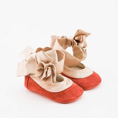 Baby shoes in coral pink suede and silk trim by Vibys on Etsy,