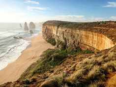 12 apostles, one of reason i did driving trip in Melbourne i would like giving a tick, turned out main menu not always delicious Well, spent time here at sunset will resulted better pict i guess  Sometimes, being silent means other can fill your silence with their own interpretation : you're not fun, you're not easy to pleased, etc. When other cant read us, they write their own story - not always one we choose or that is true to who we are.  #12apostles #victoria #southaustralia