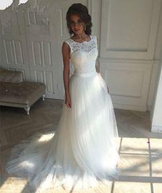 svatební šaty s krajkou bílé Ivona - plesové šaty 7a8e183ceb