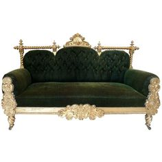 Spectacular 19th Century Central European Baroque Sofa (110.585 ARS) ❤ liked on Polyvore featuring home, furniture, sofas, button sofa, euro furniture, european furniture, european sofa and gilt furniture