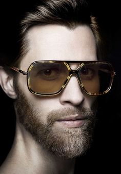 London-based eyewear label Cutler & Gross unveiled the Fall/Winter 2015 men's eyewear collection: Mens Fashion Blog, Fashion Advice, Men's Fashion, Men Eyeglasses, Cutler And Gross, Mens Glasses, Fall Winter 2015, Men's Grooming, Stylish Men