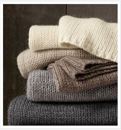 Knitted blankets with simple edging